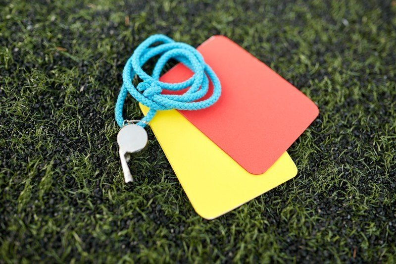Want to be a Referee – Training Courses Available